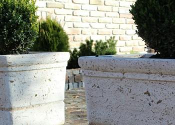 Jardiniere din beton sau metal